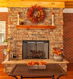 Covered backyard deck at residential house with gas fireplace, decorations for the season of autumn Fall Fireplace Decor, Deck Fireplace, Custom Fireplace, Fireplace Mantels, Fireplace Decorations, Fall Home Decor, Autumn Home, Holiday Decor, Glass Fireplace Screen