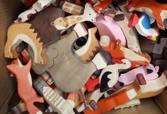 Animaux de bois Holztiger Film D'action, Disney Characters, Wooden Animals, Toys