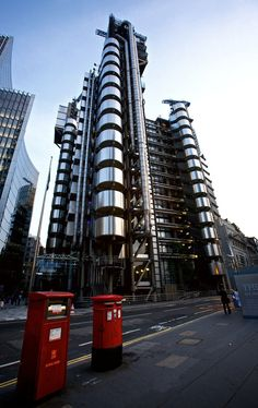 The Lloyd's building (also know as Inside-Out Building) is the home of the insurance institution Lloyd's of London. It is a leading example of radical Bowellism architecture in which the services for the building, such as ducts and lifts, are located on the exterior to maximise space in the interior.