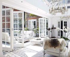 Beautiful indoor/outdoor conservatory!