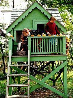 Kid-Friendly Fall Garden Ideas: Pumpkin Craze (via Parents.com)
