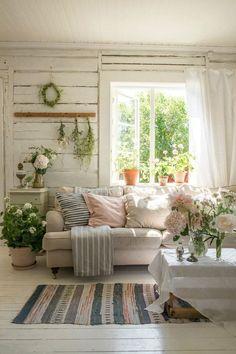 Swedish Cottage, Cozy Cottage, Cottage Style, Summer House Interiors, Cottage Interiors, Cottage Living Rooms, Living Room Bedroom, Cozy Living, Sweden House