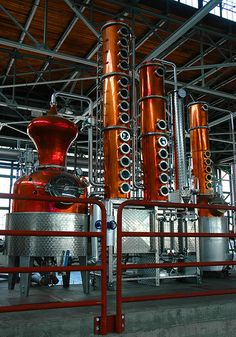 George Distillery Hangar One Vodka Vodka Distillery, Brewery, Beer Brewing, Home Brewing, Contemporary Wall Paint, Vodka Taste, Distilling Alcohol, Copper Still, Pot Still