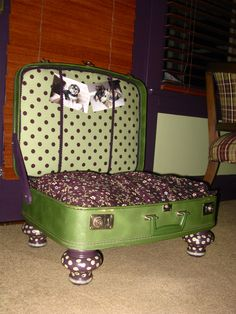 DIY Dog Bed Suitcase...love the legs and colors!