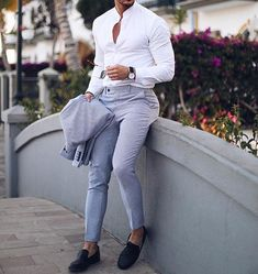 casual mens fashion which look amazing. Formal Dresses For Men, Formal Men Outfit, Formal Wear For Men, Casual Look For Men, Men Casual, Mens Fashion Suits, Mens Suits, Men's Fashion, Suit For Men