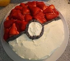 Pokeball Cake- Round Cake (any flavor) with strawberries and cool whip. You could use chocolate chips or chocolate icing for the lines. Pokeball Cake, Chocolate Icing, Chocolate Chips, Le Diner, Round Cakes, Vegan Cake, Just Desserts, Amazing Cakes, Cupcake Cakes