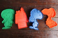 Peanuts Cookie Cutters ~ Vintage Set of 4 ~ Red Baron, Flying Ace, Astronaut & Dancing Snoopy by smileitsvintage on Etsy