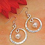 Shopping at Femail Creations - Twirling Pearl Necklace