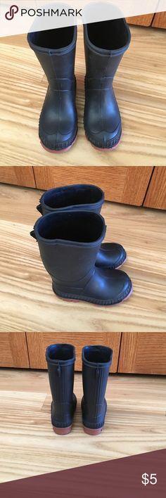 Black Rainboots Perfect Condition Black Toddler Rainboots! Toddler size 6. Shoes Rain & Snow Boots