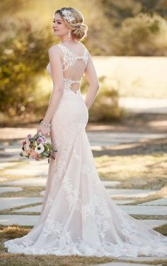 Lace sheath wedding dress by Essense of Australia D2196http://www.himisspuff.com/wedding-dresses-2017-from-essense-of-australia/7/