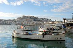 Buscas trabajo en Ibiza !
