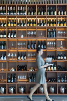 Relais & Chateaux - Saffire stands proudly on Tasmania's Freycinet… Wine Rack Wall, Wine Wall, Wine Shelves, Wine Storage, Restaurant Design, Restaurant Bar, Wine Shop Interior, Interior Design, Home Wine Cellars
