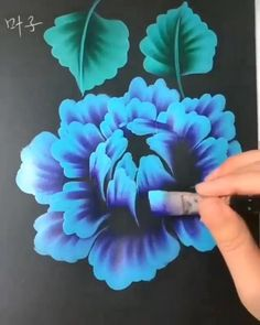 Canvas Painting Tutorials, Diy Canvas Art, Diy Painting, Art Drawings Sketches Simple, Chinese Painting Flowers, Acrylic Painting Flowers, Diy Art, Art Lessons, Flower Art