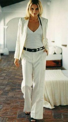 Women's fashion | Super chic white suit