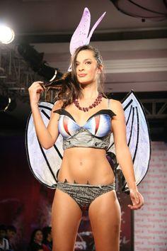 triumph inspiration awards 2012, #Dharam #Dragonandbutterfly #lingerie #hotmodel #rampwalk #winningspirit #ontheramp #fashionforward #india