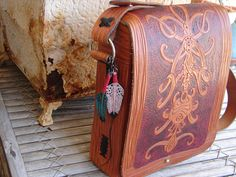 tiny hand-carved leather turquoise & white w/red feathers key fob/talisman/all-around good luck charm Leather Art, Leather Tooling, Leather Crafts, Red Feather, Feathers, Hand Carved, Carving, Amulets, Turquoise