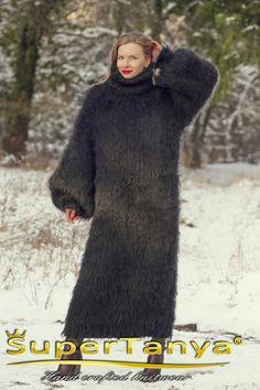 Mohair Yarn, Mohair Sweater, Cardigan Sweaters, Long Cardigan, Cardigans, Black Sweater Dress, Black Sweaters, Sweaters For Women, Gros Pull Mohair