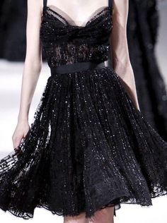 Elie Saab Haute Couture, little black dress Elie Saab, Traje Black Tie, Style Haute Couture, Mode Inspiration, Dream Dress, Dress Me Up, Pretty Dresses, Dress To Impress, Beautiful Outfits