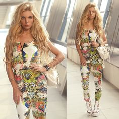 Ekaterina Normalnaya - Tropical Printed Zip Front Jumpsuit -  Flume & Chet Faker – Drop the Game