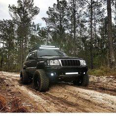 Black led drl halo projector jeep grand cherokee headlights and wj hood grille jeep - Wk pharma grille salaire ...