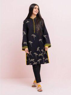 Girls Dresses Sewing, Stylish Dresses For Girls, Stylish Dress Designs, Shirt Design For Girls, Shirt Print Design, Shirt Designs, Simple Pakistani Dresses, Pakistani Dress Design, Pakistani Fashion Party Wear