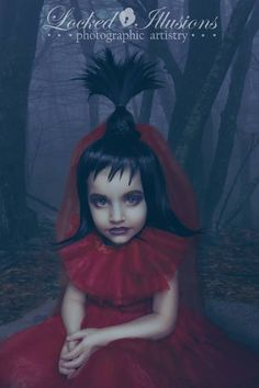 Child dressed up as Lydia Deetz from Beetlejuice