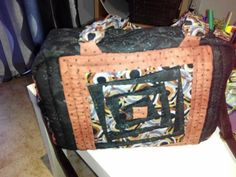Bolso Diaper Bag, Bags, Fashion, Scrappy Quilts, Handbags, Moda, Fashion Styles, Diaper Bags, Mothers Bag