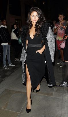 Selena Gomez out in London - 2015