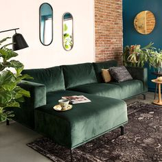 All Details You Need to Know About Home Decoration - Modern Living Room Green, Boho Living Room, Living Room Sofa, Living Room Interior, Apartment Living, Home And Living, Living Room Decor, Bedroom Decor, Dark Green Couches