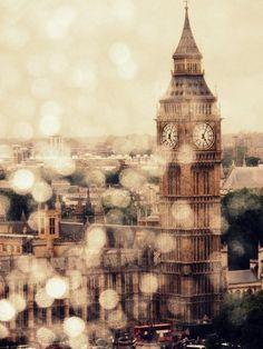 I've been in London in the rain.... fantastic!