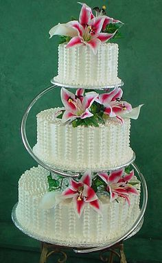 Wedding stuff - a new take on the old wedding cake column :) I like