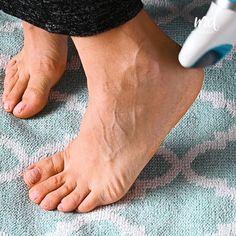 Homemade Foot Soaks, Homemade Facials, Home Foot Soak, Pedicure At Home, Pedicure Tips, Foot Remedies, Avocado Face Mask, Beauty Tips For Glowing Skin, Scrubs