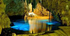 Khám phá hang động Gyokusendo ở Okinawa - Đại lý Asiana Airlines Việt Nam. Liên hệ: Hà Nội:(04)37478953 - Hồ Chí Minh:(08)39205999