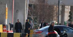 Polis kontrol noktasına saldıran terörist öldürüldü Gaziantep İl Emniyet Müdürlüğünün araç giriş kontrol bölümündeki polis noktasına silahlı saldırı düzenlendi. Çıkan çatışmada terörist ölü ele geçirildi. Olayda 1 polis memuru da hafif şekilde yaralandı. http://feedproxy.google.com/~r/dosyahaber/~3/Zlq60ZQFZKQ/polis-kontrol-noktasina-saldiran-terorist-olduruldu-h11206.html