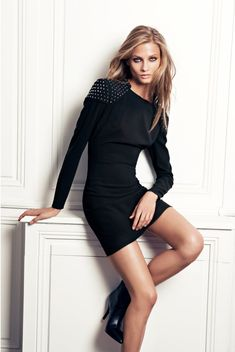 Anna Selezneva for Mango Fall 2012 Catalogue - Page 2 of 3 | Fashion Gone Rogue: The Latest in Editorials and Campaigns