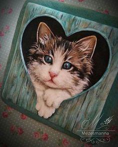 Peep! Royal icing cat. #cat #kitty #cute #lovely #royalicing #handmade…