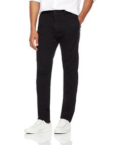 Mens Regular Fit Comfort Stretch Washed Lightweight Chino Pant Black Clothing Pants - Men Chino Pants - Ideas of Men Chino Pants Mens Chino Pants, Men Pants, White Pants Summer, New Mens Fashion, Men's Fashion, Black Pants Outfit, Mens Clothing Styles, Men's Clothing, Casual Outfits