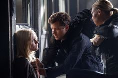 "FRINGE: Peter (Josh Jackson, C) and Olivia (Anna Torv, R) find Etta (Georgina Haig, L) in the ""The Bullet That Saved the World"" episode of FRINGE airing Friday, Oct. 26 (9:00-10:00 PM ET/PT) on FOX. ©2012 Fox Broadcasting Co. CR: Liane Hentscher/FOX"