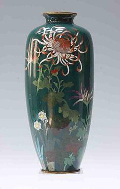 Fine Quality Cloisonne Vase.