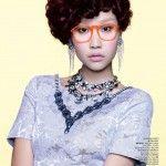 Inspired: Gaya Rambut Ibu-ibu Bertemu dengan Glam Rock Babe Style