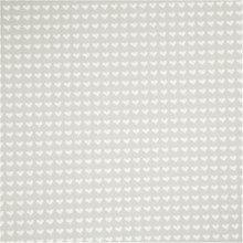 Design vilt grijs met witte hartjes 45 cm breed, per meter Polyester vilt