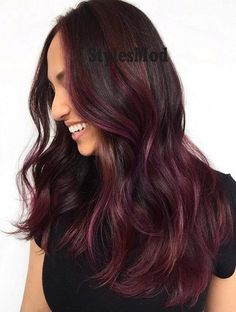Hottest Purple Balayage Hairstyle Trends for 2019 Black Hair With Highlights, Hair Highlights, Black And Burgundy Hair, Pelo Color Berenjena, Summer Hairstyles, Bob Hairstyles, Latest Hairstyles, Wine Hair, Hair