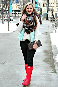Snow Day Color Play {Blanket Scarf Style} (The Professional Prep) Fall Outfits, Casual Outfits, Cute Outfits, Preppy Fall Fashion, Winter Fashion, Rain Fashion, Women's Fashion, Red Hunter Boots, Hunter Outfit