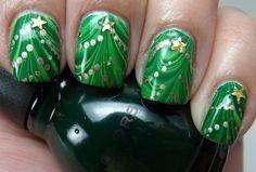 Holiday Nail Art #christmas tree