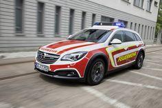 Opel Insignia Country Tourer als voertuig voor hulpdiensten