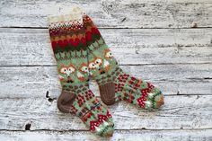 VK is the largest European social network with more than 100 million active users. Wool Socks, Knitting Socks, Christmas Stockings, Knit Crochet, Crafty, Sewing, Pattern, Handmade, Chunky Knits