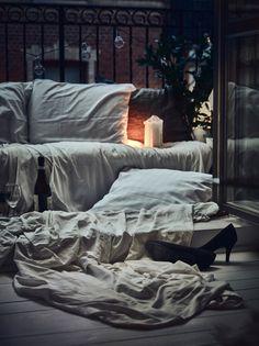 Post: Ambiente romántico con textiles --> accesorios balcones y terrazas, Ambiente romántico con textiles, blog decoración nórdica, decoración balcones, decoración exterior con textiles, decoración noche exterior, Estilismo de interiores, textiles plantas balcones