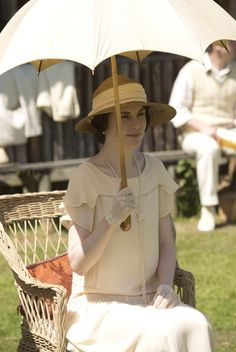 Michelle Dockery as Lady Mary in 'Downton Abbey' season three, episode six. Photo: Giles Keyte/Carnival Film & Television Limited 2012 for MASTERPIECE Downton Abbey Mary, Downton Abbey Season 3, Downton Abbey Fashion, Lady Mary Crawley, Matthew Crawley, Michelle Dockery, Gentlemans Club, Downton Abbey Costumes, The Last Summer