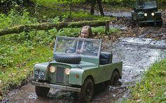 A Land Rover Series for the kids! Cuz every little girl needs a landy