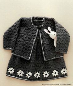 """Charcoal gray crochet set for a chic little girl! """"Crochet Pattern Explained for Little Princesses Fall -Winter Twin Set"""" Knitting For Kids, Crochet For Kids, Baby Knitting, Knit Crochet, Crochet Children, Easy Crochet, Baby Girl Crochet, Crochet Baby Clothes, Halloween Kostüm Baby"""